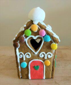 gingerbread house - desserts-ζαχαροπλαστείο στο νέο ψυχικό